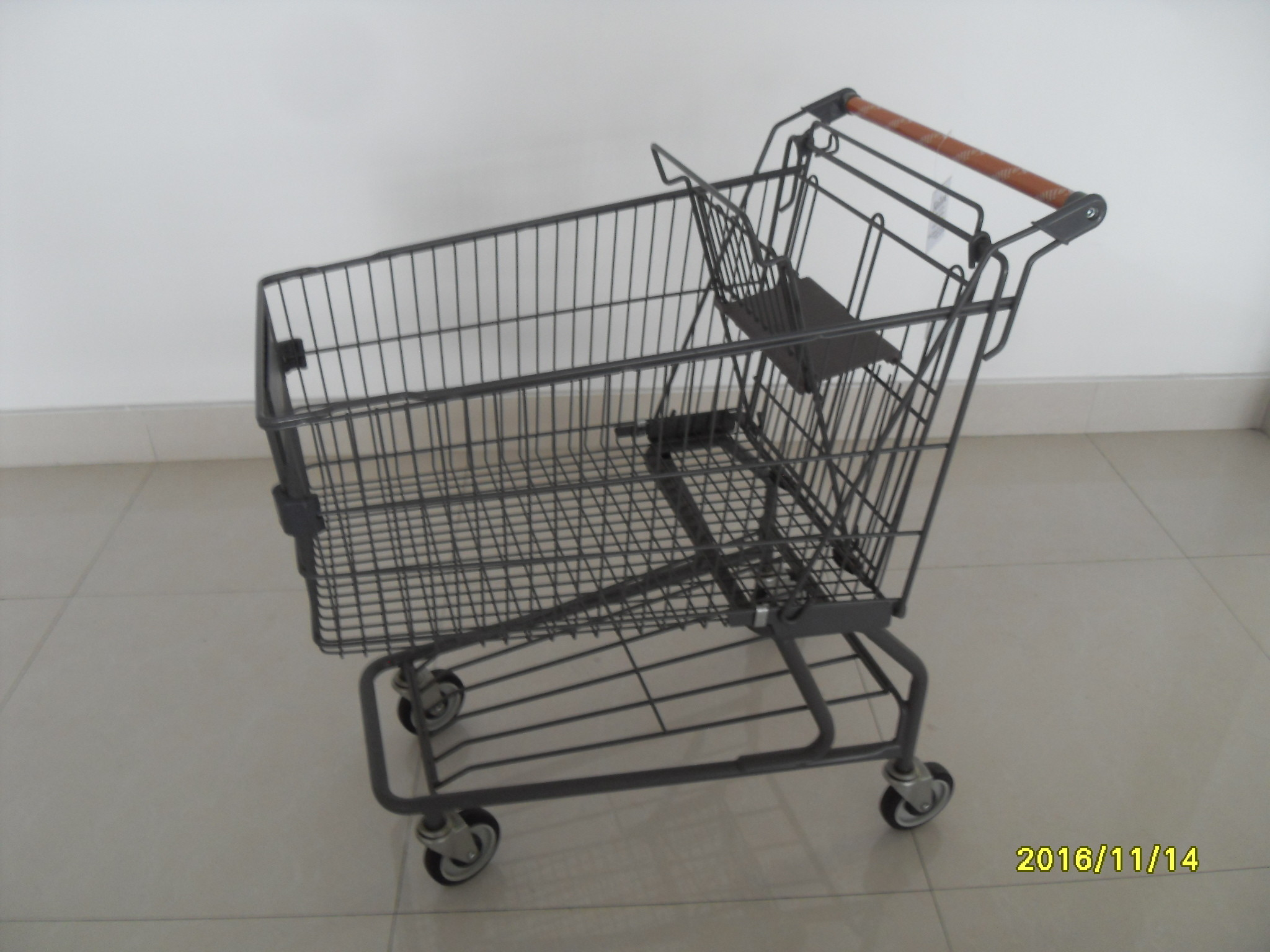 Metal Supermarket Shopping Carts With Handle Logo Printing And 4 Swivel Casters